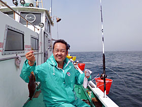 釣りを楽しむ院長先生
